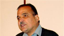 د افغانستان د آزاد ژورنالیست او سیاسي څیړونکي ښاغلي فضل الرحمن اوریا مرکه دلته اوریدلای شیء