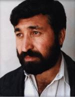 د افغانستان د مشهور، پياوي، تکړه ، وتلي شاعر او لیکوال ښاغلي پیرمحمد کاروان مرکه دلته واورئ
