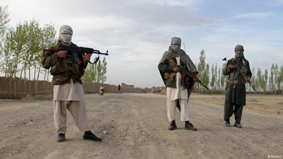 پولیس و نیروی محلی افغانستان در حملات شورشیان تلفات دادند