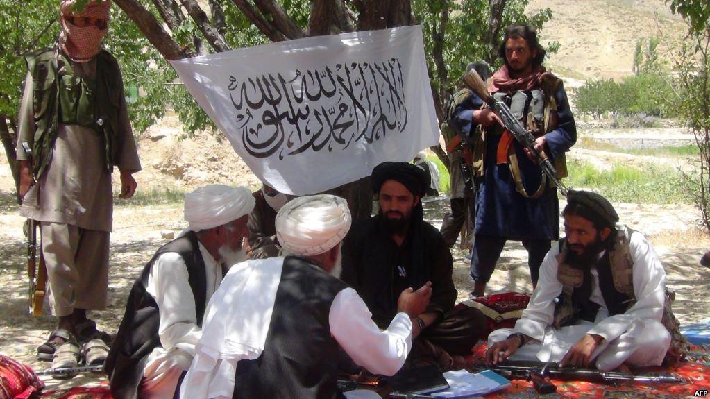 د سولې شورا: د مسکو په ناسته کې به طالبان له افغان حکومت سره خبرو ته وهڅوو