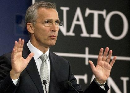 ستولتنبرګ: په افغانستنان کې زموږ حضور ګرانه دی، خو ورڅخه وتل لا ګرانه تمامېږي