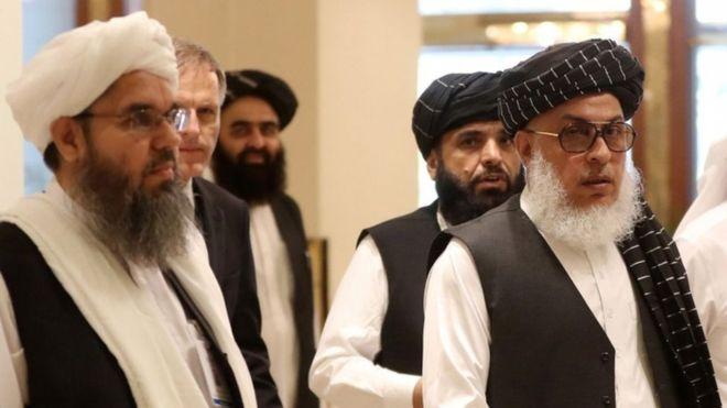 گفتگوهای درون گروهی طالبان برای ارزیابی سند 'توافق نهایی' با امریکا جریان دارد