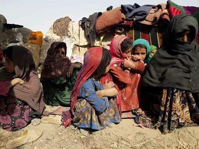 چارواکي: طالبانو له مردیان ولسوالۍ لسګونه کورنۍ په زوره شړلې دي