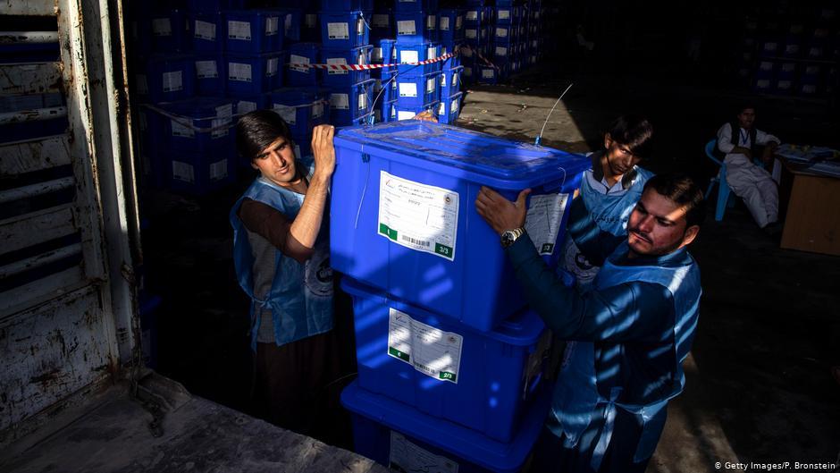 توقف بازشماری آرا و تاخیر مجدد در اعلام نتایج انتخابات افغانستان