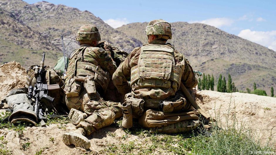 در نتیجه یک حمله دو سرباز امریکایی کشته و شش تن زخمی شده اند