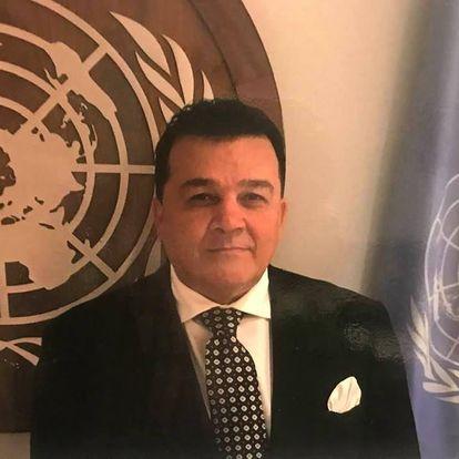 صحبت محترم ډاکتر وحید وحیدالله متخصص وکار شناس ارشد ومجرب سازمان ملل متحد برای حل منازعات وبحران های منظقوی وبین المللی ،تحلیل ګر وکارشناس مسایلی سیاسی بین المللی،منطقوی وافغانستان را دراینجاشنیده میتوانید