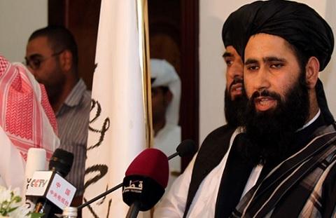 ایکسپریس تریبیون: طالبان ښايي ژر له افغان حکومت سره خبرې پیل کړي