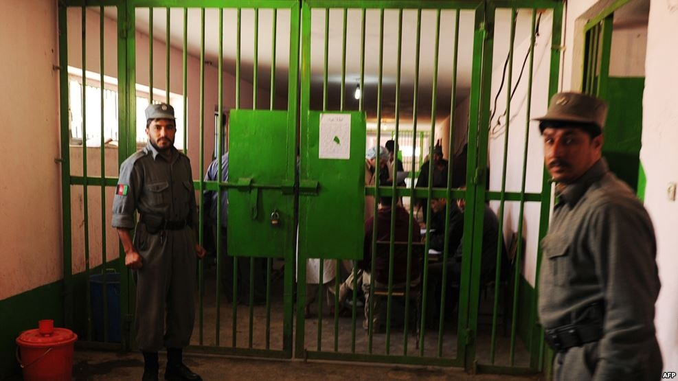 حزب اسلامي د خپلو ۴۰۰ زندانیانو د خوشې کېدو غوښتنه وکړه