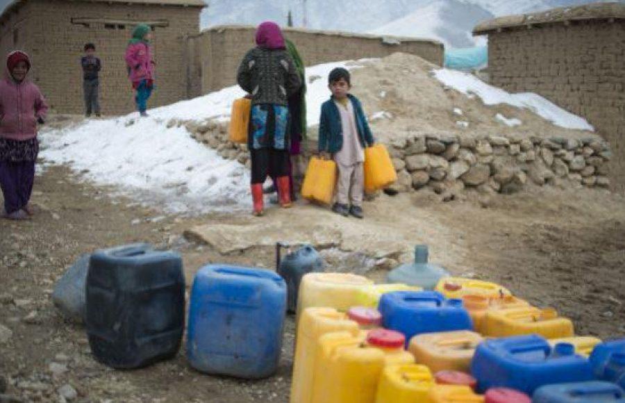 یونیسف: ۵۰۰ هزار کودک افغان با خطر سوء تغذیه و کمآبی روبهرو اند