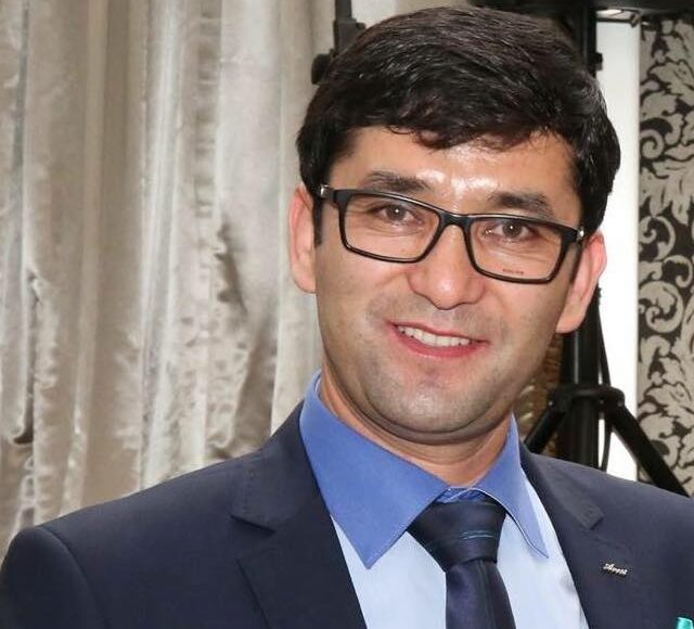 صحبت محترم رضا اندیشه کاندید درانخابات شاروالی ډینډننګ مسول انجمن مدنی افغانها درآسترالیا شخصیت سیاسی وفرهنګی رادراینجا شنیده میتوانید