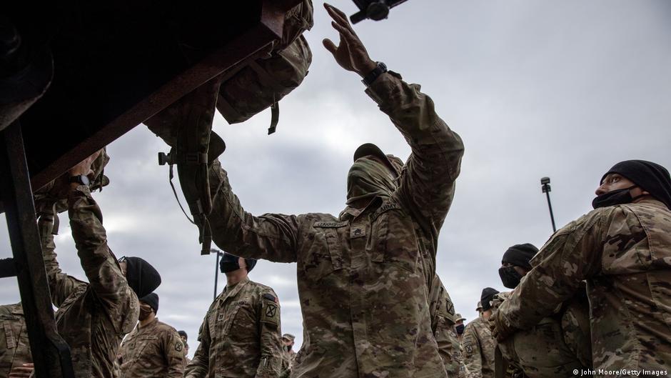 واکنشها به خروج نیروهای امریکایی و ناتو از افغانستان