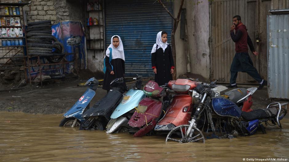 تلفات سیلاب در افغانستان به ۵۰ کشته و ۱۶ زخمی افزایش یافت