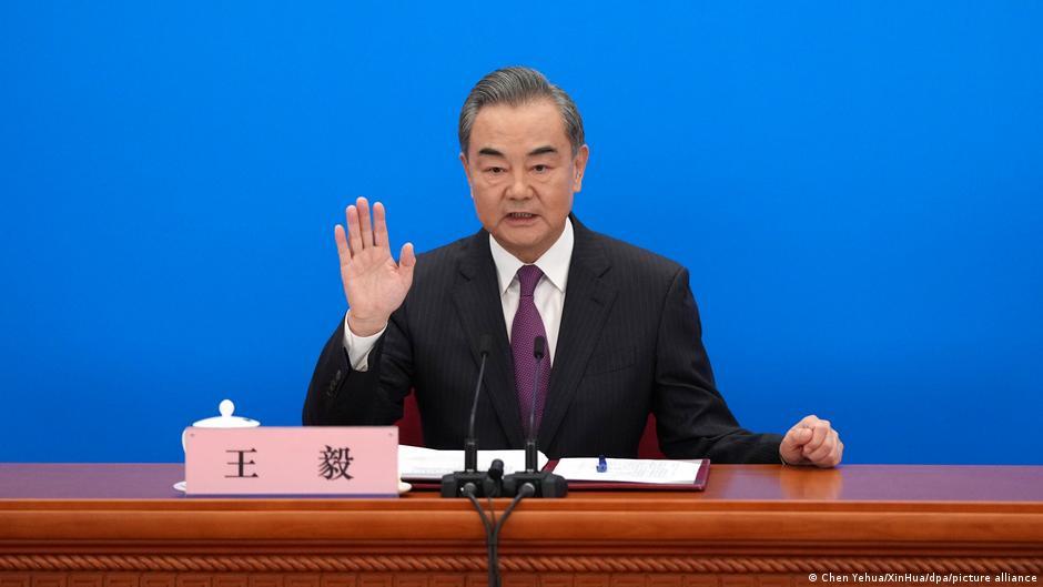 همزمان با خروج نیروهای بینالمللی، چین خواستار مناسبات نزدیک با افغانستان شد