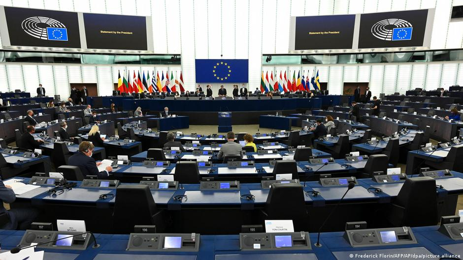 اتحادیه اروپا از طالبان خواست که طرح کتبی صلح ارایه کنند